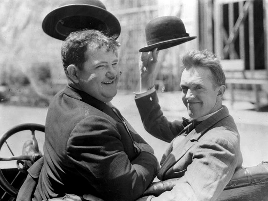 laurel-and-hardy-laurel-and-hardy-30795541-1024-768.jpg