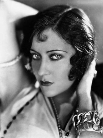 sadie-thompson-gloria-swanson-1928