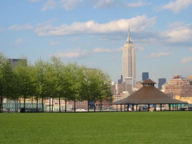 Pier_A_Park_lawn_&_gazebo_Hoboken_NJ.jpg