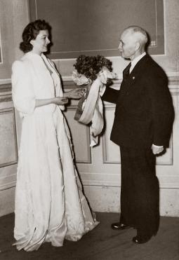 Marlow Theatre Myrna Loy AJ Roberts March 1 1940