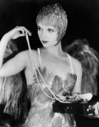1929-Louise-Brooks-in-The-Canary-Murder-Case-jewelry