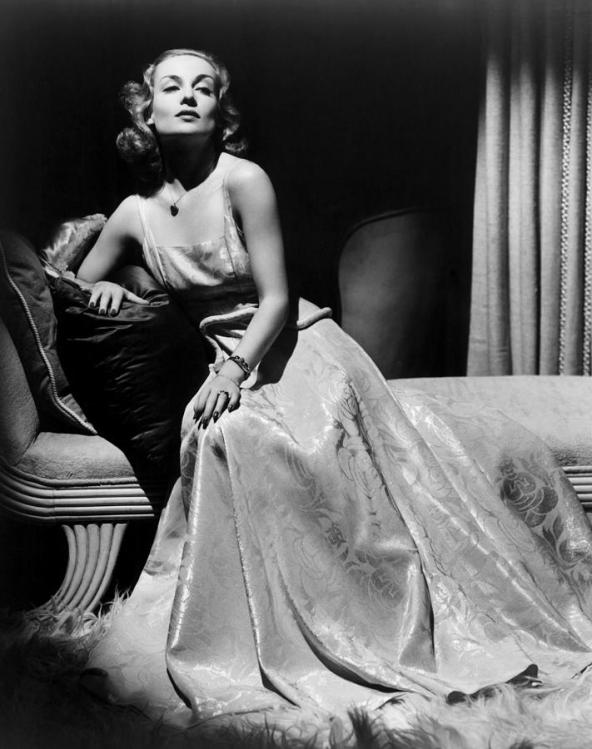 CAROLE-LOMBARD-IN-EVENING-GOWN.jpg