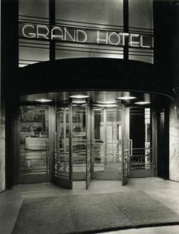 grand-hotel-exterior