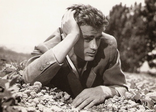 james-dean-as-call-trask-in-the-bean-fields-east-of-eden-1955.jpg