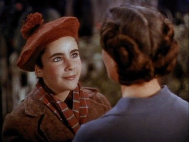 Liz-in-National-Velvet-elizabeth-taylor-5245693-500-377