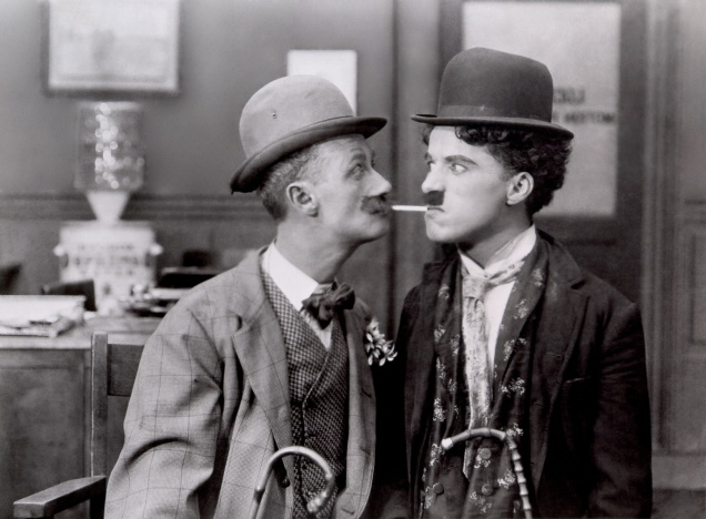 Chaplin,_Charlie_(His_New_Job)_01