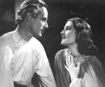 leslie-howard-and-norma-shearer-in-romeo-and-juliet-1370321486_b