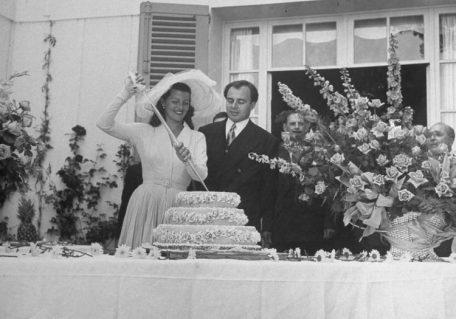 aly-khan-rita-hayworth-wedding-cake
