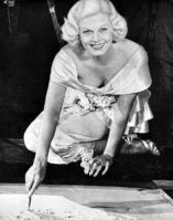 a5a6596f2ae07c269f22c9d919100fd2--jean-harlow-vintage-pictures