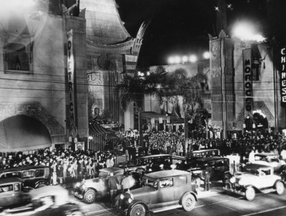 Chinese_Theatre_Pemier_1930 (1)
