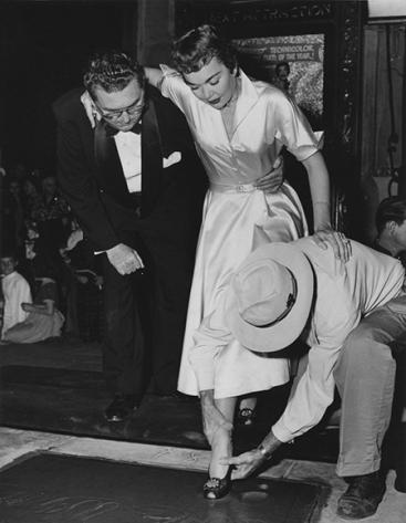 Ralph Hathaway, Jane Wyman and Jean Klossner