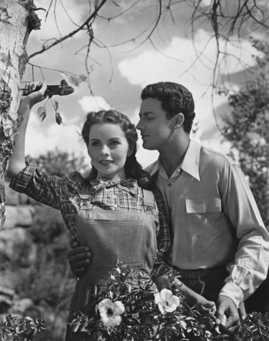 leave-her-to-heaven-jeanne-crain-cornel-wilde
