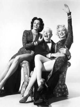 gentlemen-prefer-blondes-jane-russell-charles-coburn-marilyn-monroe-1953_u-l-q12ozrh0