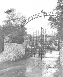Rockhaven_Gates