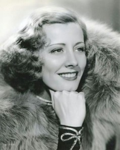 Studio_photograph_of_Irene_Dunne
