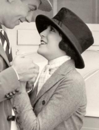 Virginia_Fox_1922