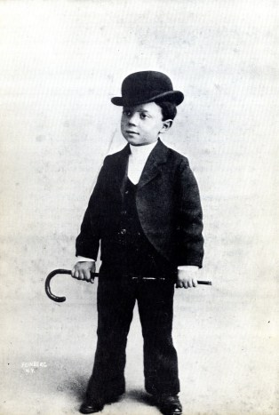 buster-keaton-age-3