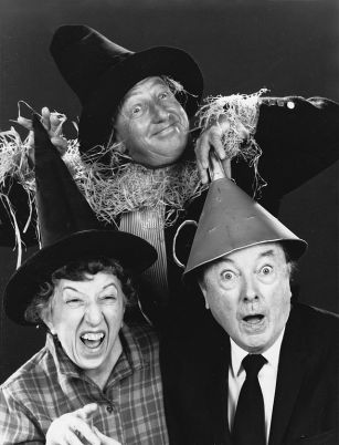 The_Wizard_of_Oz_Ray_Bolger_Jack_Haley_Margaret_Hamilton_Reunited_1970_No_2