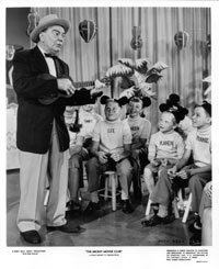 Photo- Mickey Mouse Club - MCTV-4327