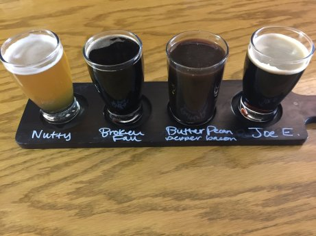 Flatrock_Brewing_Flight2