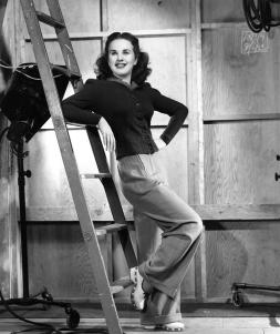deanna-durbin-1940-everett